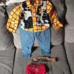 Disney toy story Woody costume sz 2-4 yrs old